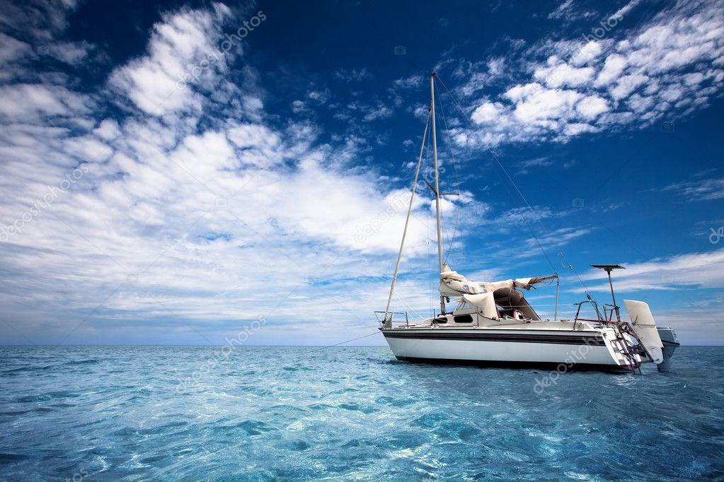 Фотообои Sailing in Paradise