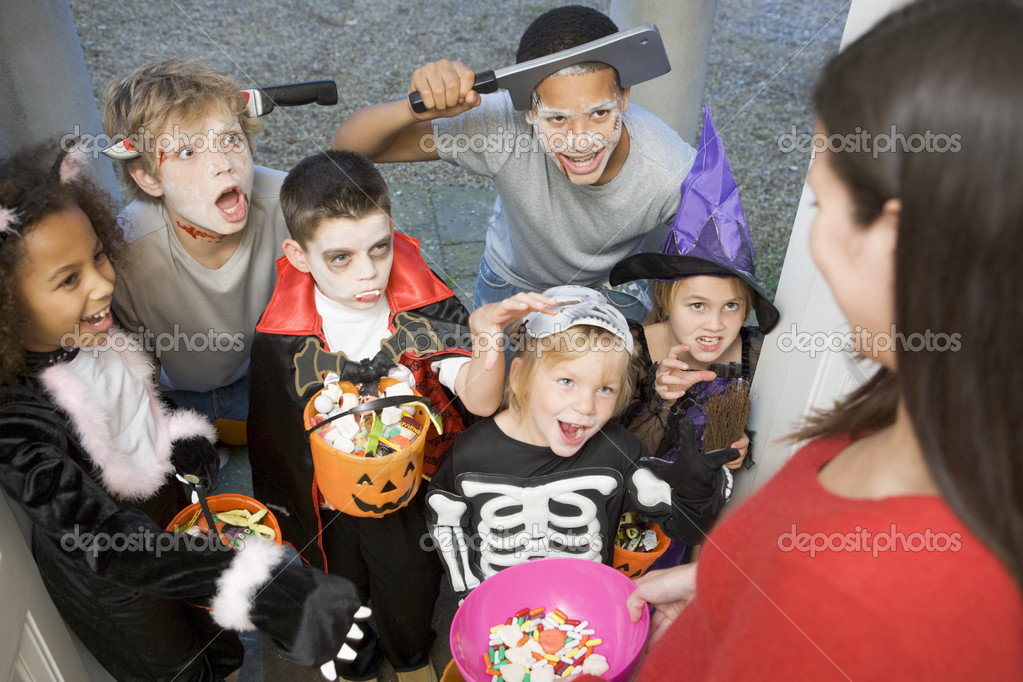 Trick or Treat Main Street When Wednesday October 31 Time 4 to 6 pm Details Trick or Treaters and their families are invited to join downtown merchants and