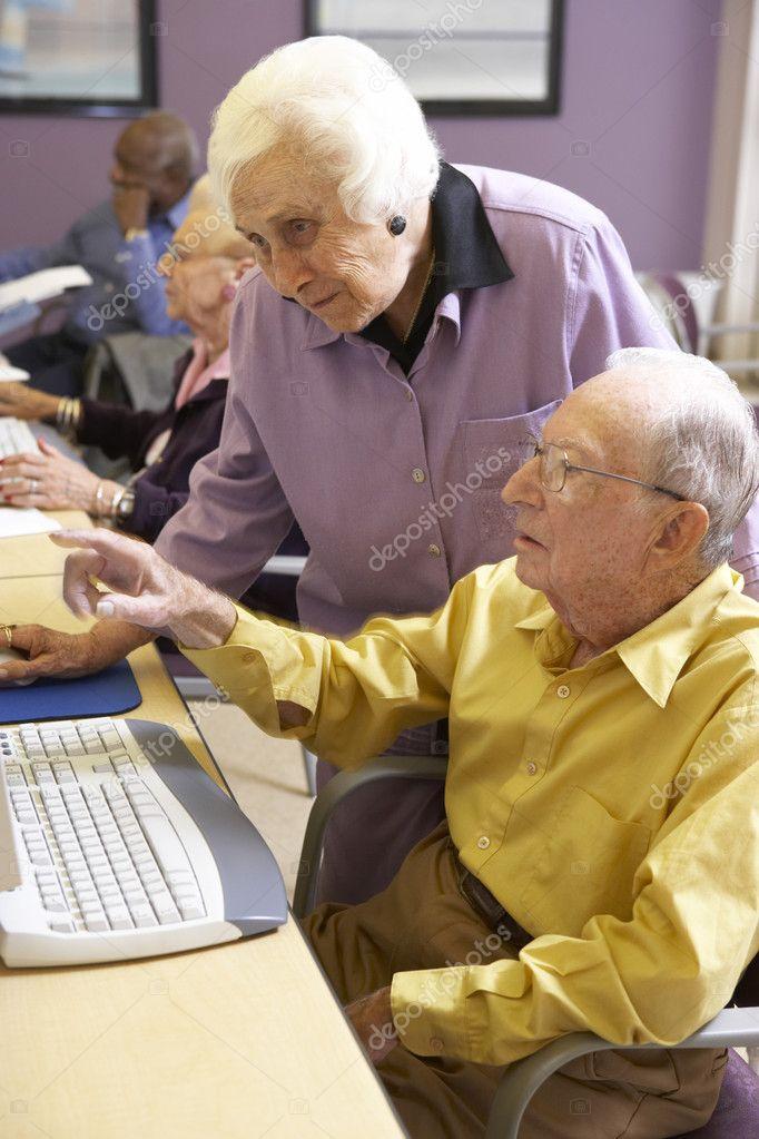60's Plus Senior Online Dating Site In America