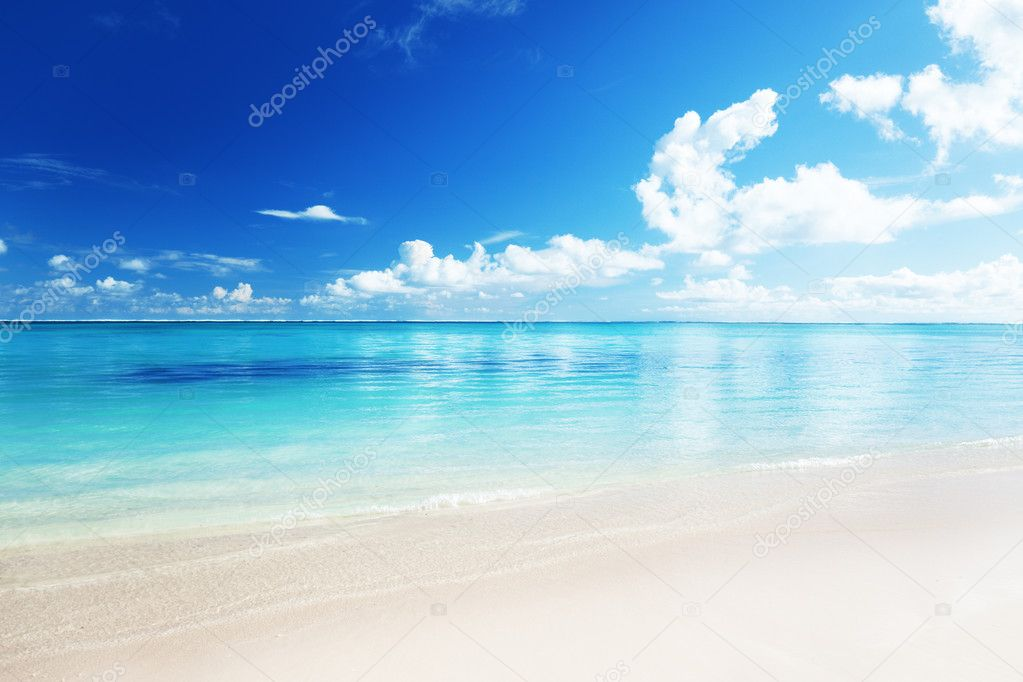 Retro Beach Wallpaper 500 489: Stock Photo © Iakov #4493439