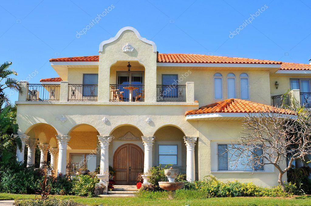 Spanish mediterranean style waterfront home Stock Editorial Photo