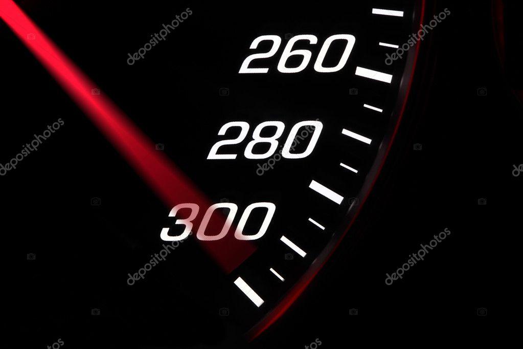 Pillado a 286 km/h: Me dijeron que exigiera un poco al coche para limpiar la carbonilla si no superaba la ITV en gases