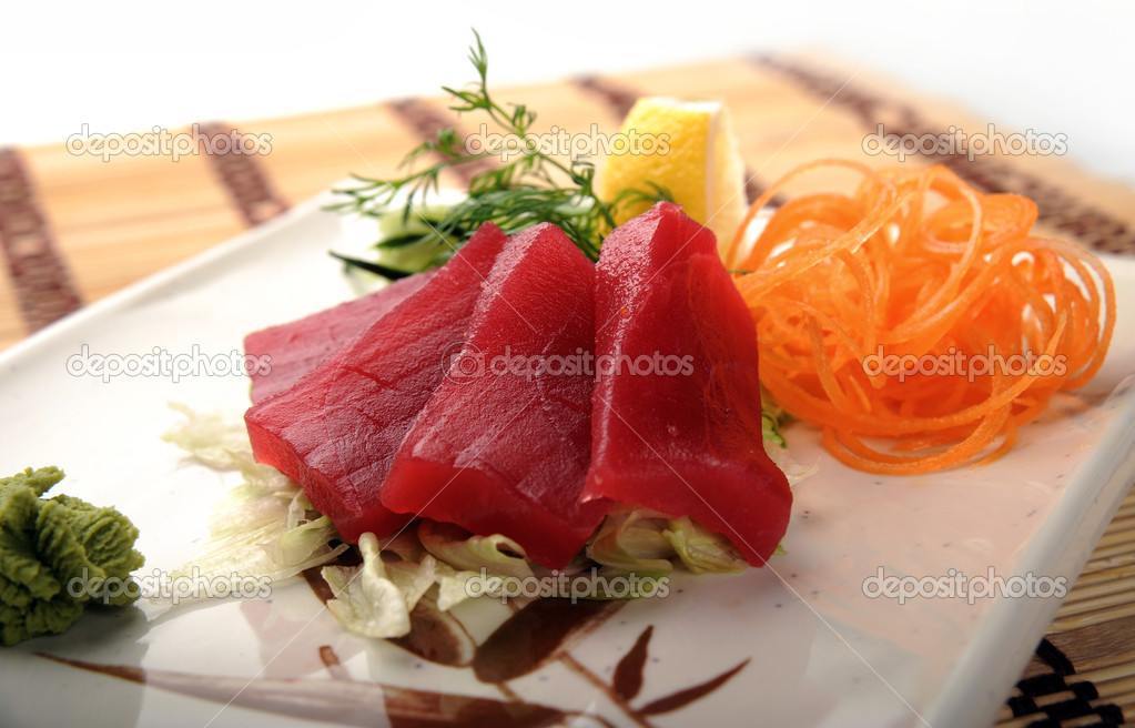 Fish tuna stock photo white78 4736863 for Tuna fish price