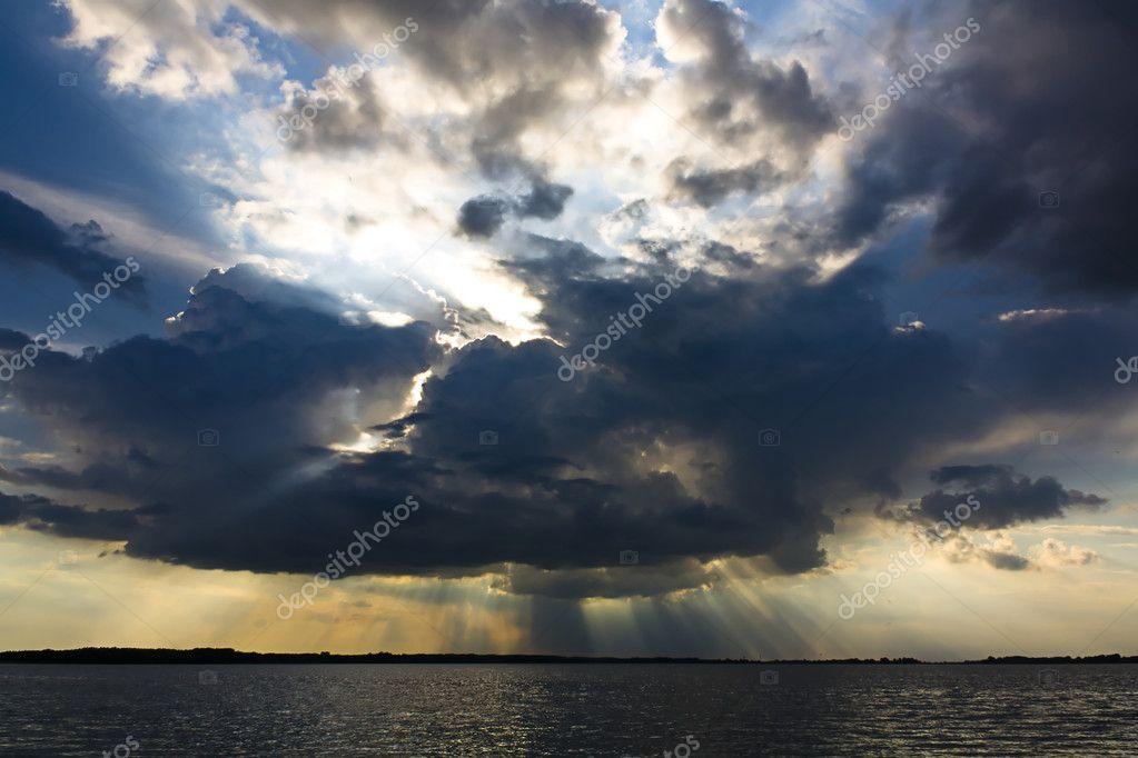 Sky line over lake