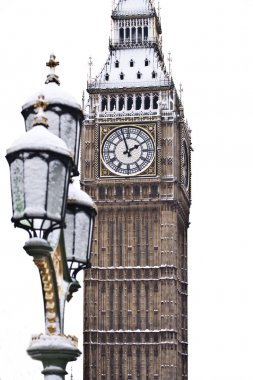 Snow and Big Ben before Christmas in London
