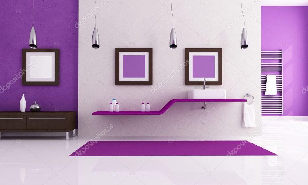 salle de bain contemporaine blanche et violette — Photographie ...