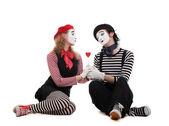 smajlík pantomimy v lásce