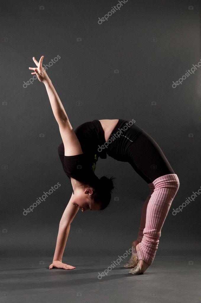Гимнастка гибкие