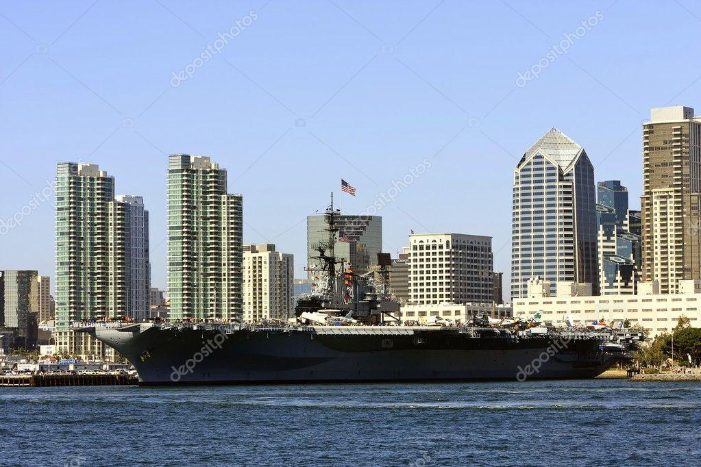 US Navy Aircraft Carrier