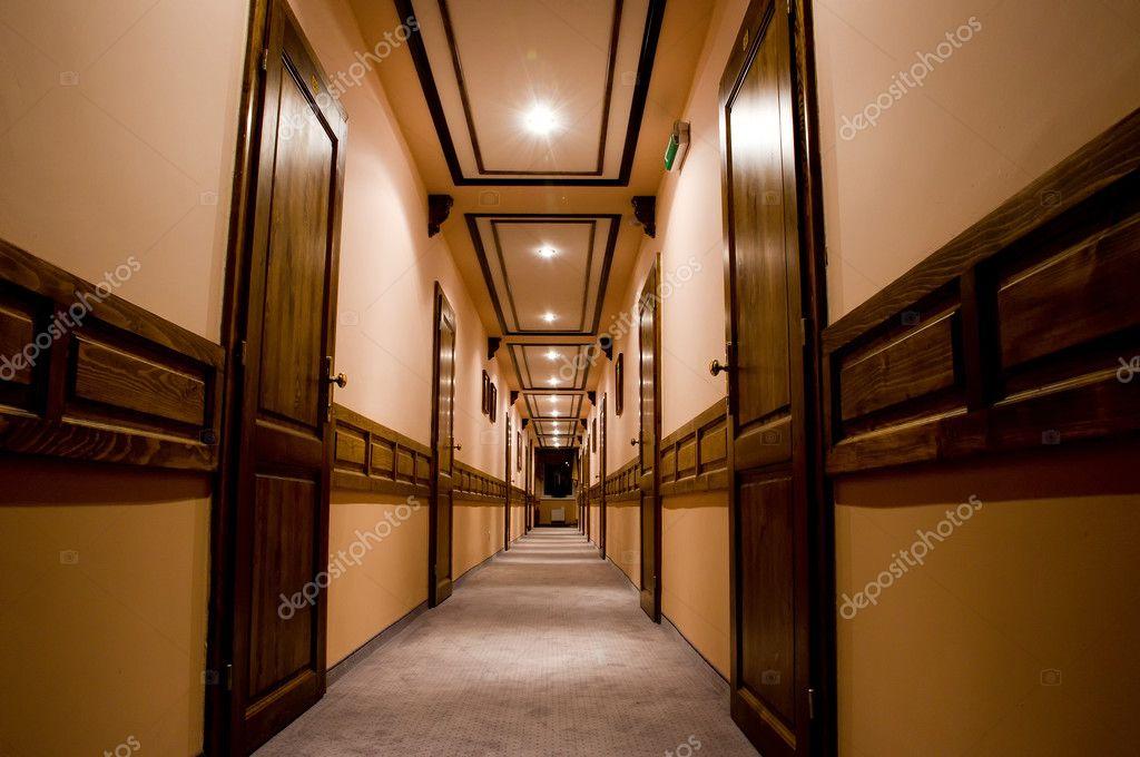 Decoratie Interieur Corridor : Luxe hotel interieur corridor u stockfoto mahroch