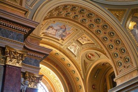 Foto de Interior de la Basílica de San Esteban en Budapest, Hungría - Imagen libre de derechos