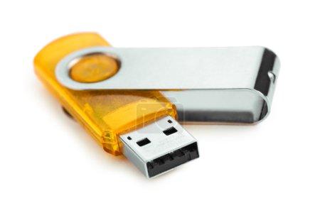 Foto de Flash USB cerca aislado sobre fondo blanco - Imagen libre de derechos