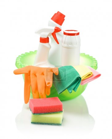 Set for cleaning in basin