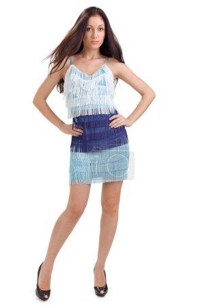 Photo pour Jeune jolie dame en robe bleue portrait studio pleine longueur isolé sur blanc - image libre de droit