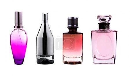 Photo pour Bouteilles de parfum isolés sur blanc - image libre de droit