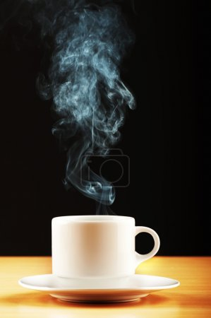 Photo pour Tasse de thé à la vapeur - image libre de droit