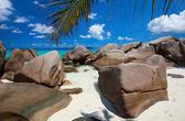 """Постер, картина, фотообои """"Красивые скалистые побережья в Сейшельских островах"""""""