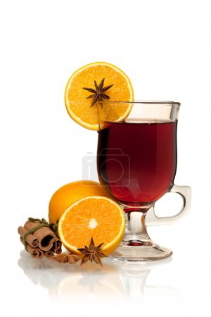 Hot mulled wine with oranges, anise and cinnamon
