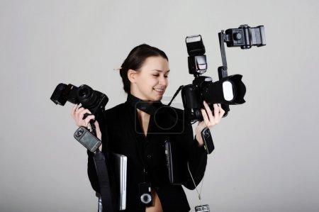 Photo pour Concept comique de photographe professionnel, isolé sur fond gris - image libre de droit