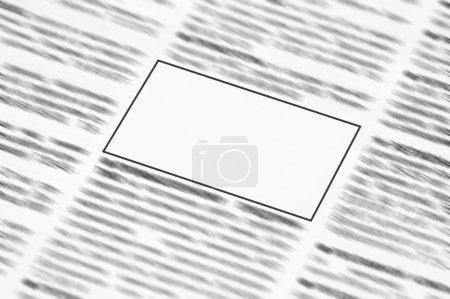 Photo pour Journal avec un espace vide pour plus d'informations - image libre de droit