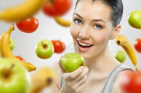Eating healthy fruit