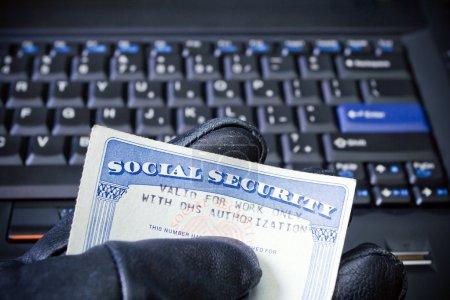 Identity theft on laptop computer