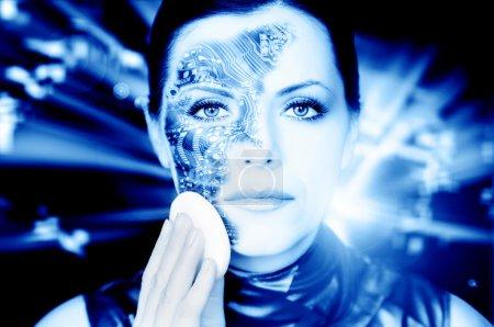 Photo pour Femme bionique démaquillant son visage tonique en bleu - image libre de droit