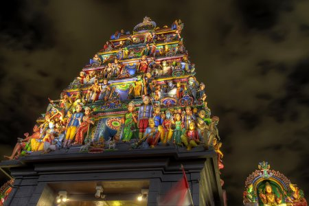 Sri Mariamman Hindu Temple Singapore at Night