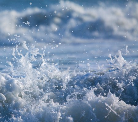 Surf with Splashing Water Drops