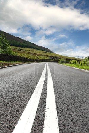 Photo pour La plupart de route goudronnée - image libre de droit