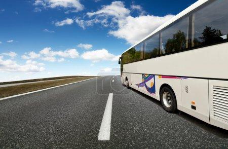 Photo pour Voyage en bus - image libre de droit