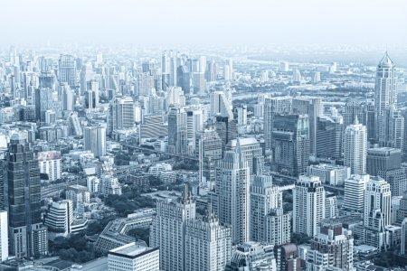 Красивый вид на красивый большой город
