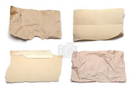 Photo pour Déchiré des morceaux de papier blanc - image libre de droit