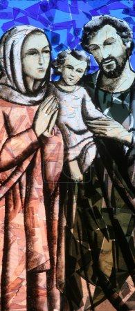 Photo pour Sainte famille, vitrail - image libre de droit