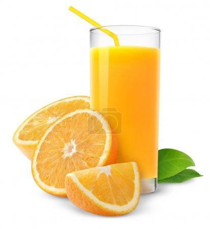 Photo pour Jus d'orange et les tranches d'orange isolé sur blanc - image libre de droit