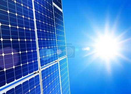 Photo pour Énergie solaire renouvelable, alternatif, soleil-centrale sur fond de ciel - image libre de droit