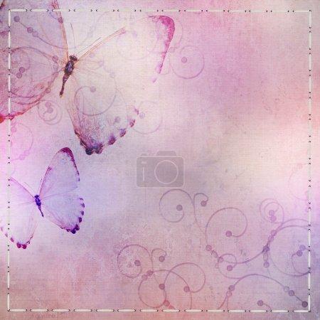 pastel fond bleu et violet avec papillon