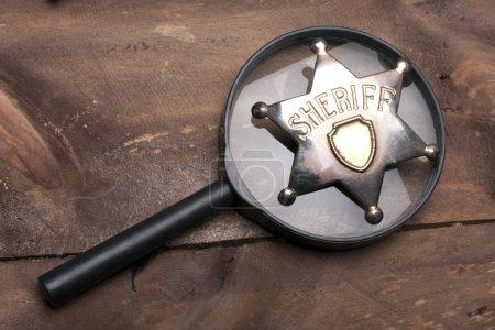 Photo pour Ancien insigne de shérif bouchent - image libre de droit