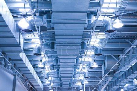 Photo pour Tuyau de ventilation de l'air conditionné pour environnement frais - image libre de droit