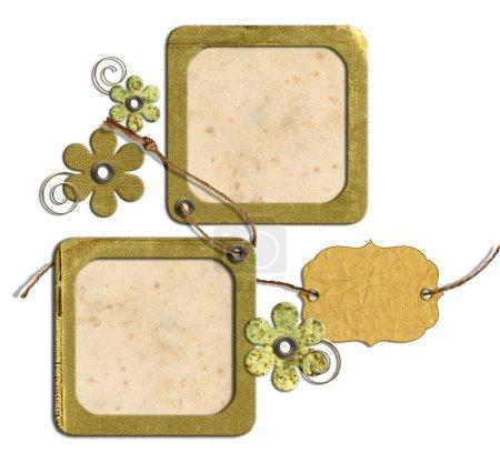 Photo pour Cadres photo vintage et fleurs isolés sur un fond blanc - image libre de droit