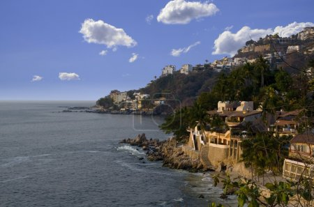Luxury vacation homes on rocky mexican coastline...