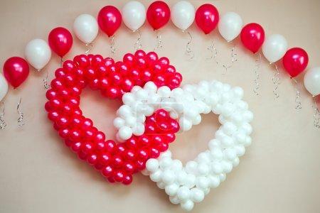 Photo pour Ornement de mariage de ballons - image libre de droit