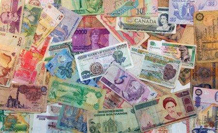 Photo pour Billets du monde entier - image libre de droit