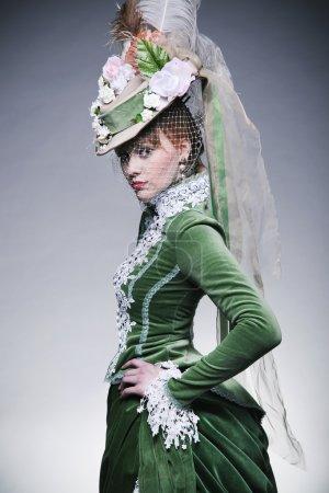 Foto de Schattige dame dragen van retro kleding - Imagen libre de derechos
