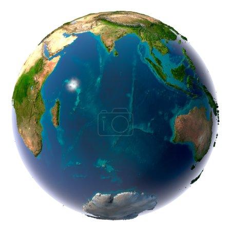 Photo pour Terre avec de l'eau translucide dans les océans et la topographie détaillée des continents. Océan Indien - image libre de droit