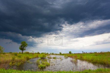 Foto de Mal tiempo sobre el agua - Imagen libre de derechos