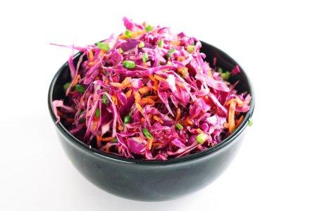 Photo pour Salade de chou rouge - image libre de droit