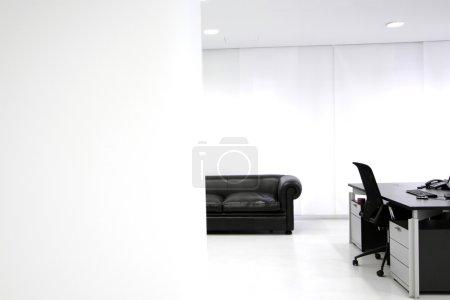 Photo pour Intérieur du Bureau modern - image libre de droit