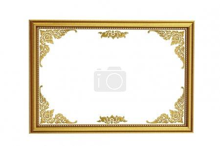 Photo pour Cadre photo en bois doré de style ancien isolé - image libre de droit