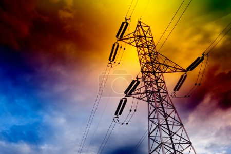 Photo pour Notion de transport d'électricité tour landscape.energy - image libre de droit